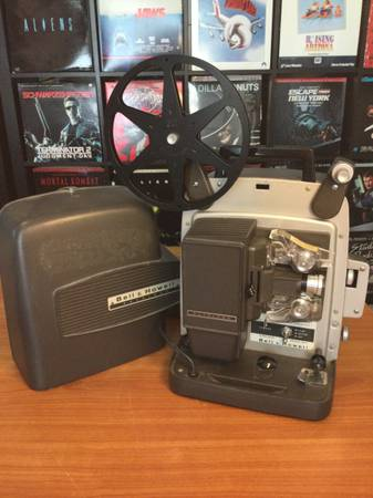 Photo Working Bell And Howell Auto Load Super 8mm Movie Projector - $65 (S Eastern And Sunridge Heights)