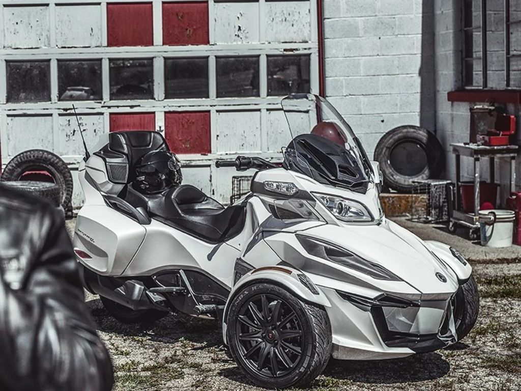 Photo Used 2019 Can-Am Trike Motorcycle  $23999