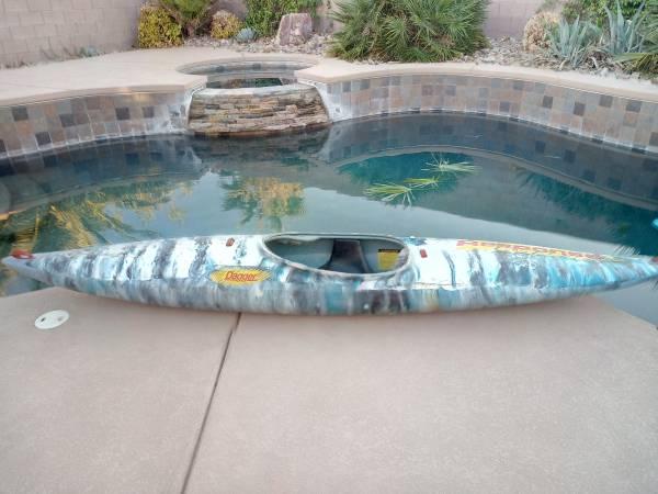 Photo Kayak Perception  Dagger White Water Kayaks River Boats - $369 (las vegas)