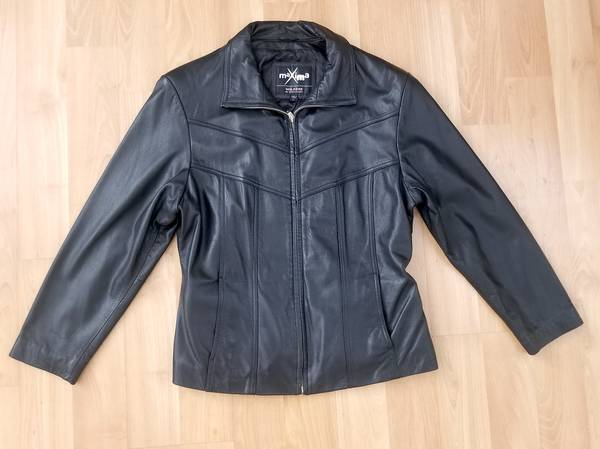 Photo leather jacket wilsons Large womens - $35 (green valley)