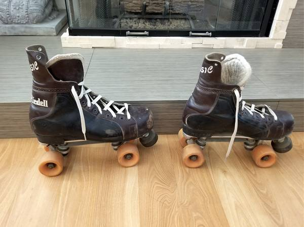 Photo roller skates fits sizes 8-10 mens - 10-12 womens rollerskates inline - $75 (green valley)