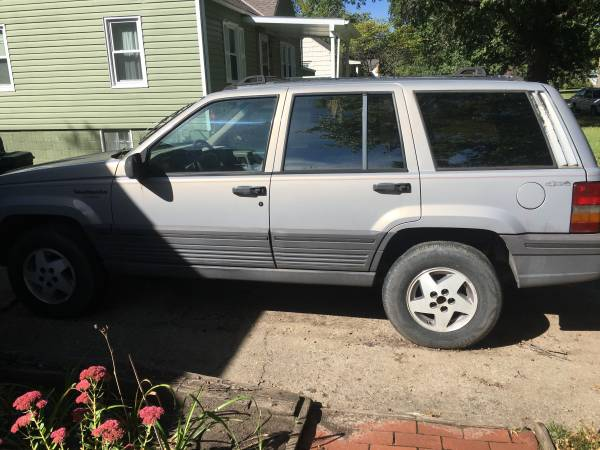 Photo 1994 Jeep Grand Cherokee Laredo - $650 (Lawrence KS)