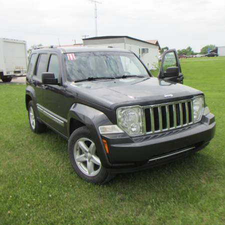 Photo 2011 JEEP LIBERTY LIMITED (TRAIL RATED)4X4 - $7550 (GARNETT)