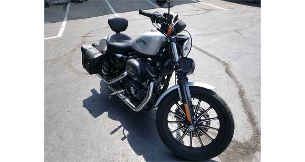 Photo 2015 Harley-Davidson SPORTSTER IRON 883 - $5,488 (Kansas City)