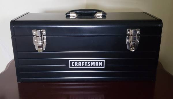Photo Craftsman 20-Inch Portable Heavy Duty Tool Box Black - $40 (Eudora, KS)