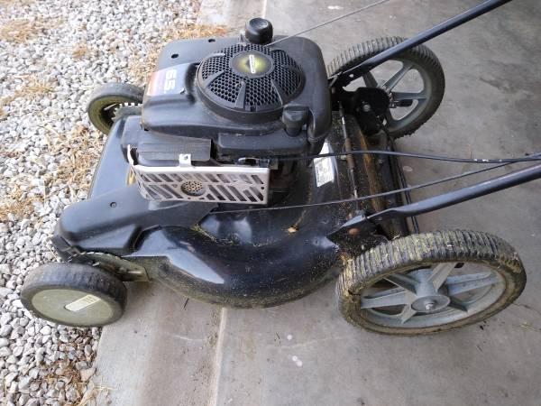 Photo Murray 21quot Big Wheel Push Mower - $50 (Eudora)