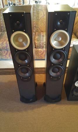 Photo Paradigm Monitor 9 v.6 Speakers - $400 (Lawrence)