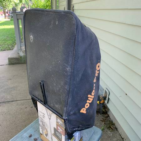 Photo Poulan Pro Rear Grass Catcher Bag And Frame - $15 (Lawrence)
