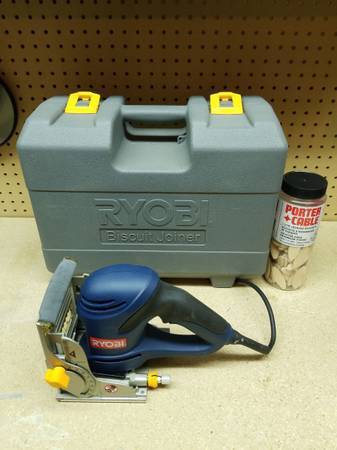 Photo Ryobi Biscuit Joiner JM82 With Case - $95 (Independence)