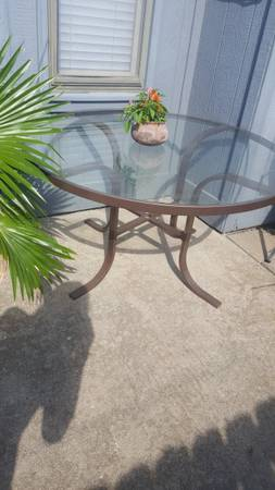 Photo Glass Top Patio table - $50 (LAWRENCE)