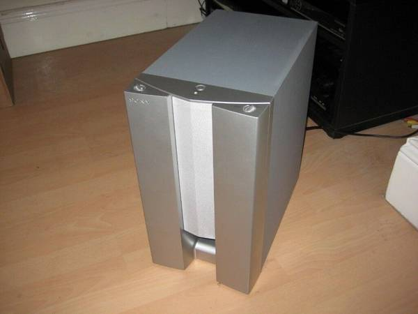 Photo subwoofer sony sa-wms325 like new - $69 (lees summit)