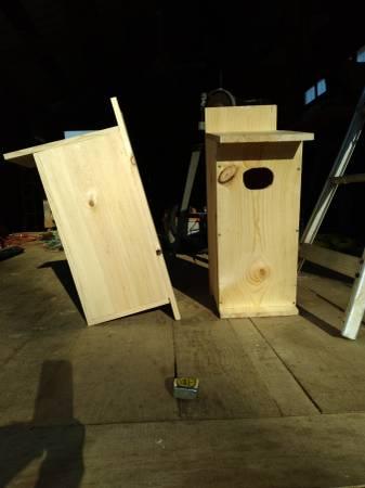 Photo wood duck house - $50 (Oskaloosa)