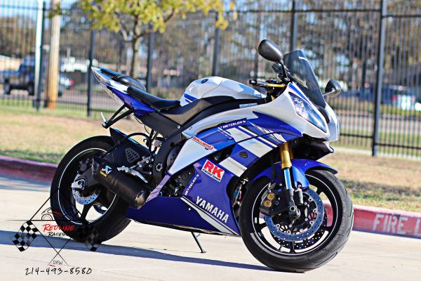 Photo 2014 YAMAHA YZF R6 - $7,180 (Lewisville)
