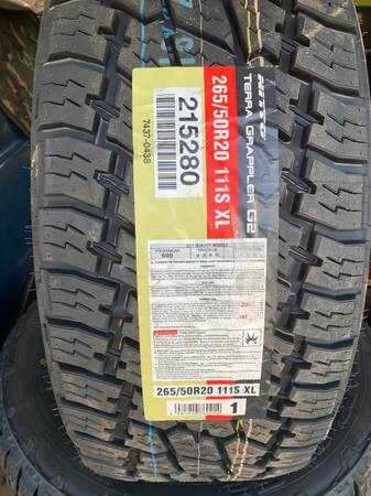 Photo 26550r20 Nitto Terra Grappler G2 - $750 (Lawton)