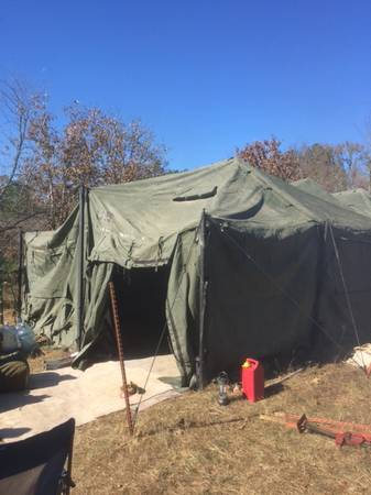 Photo Army tent 18x36 - $1,000 (geronimo)