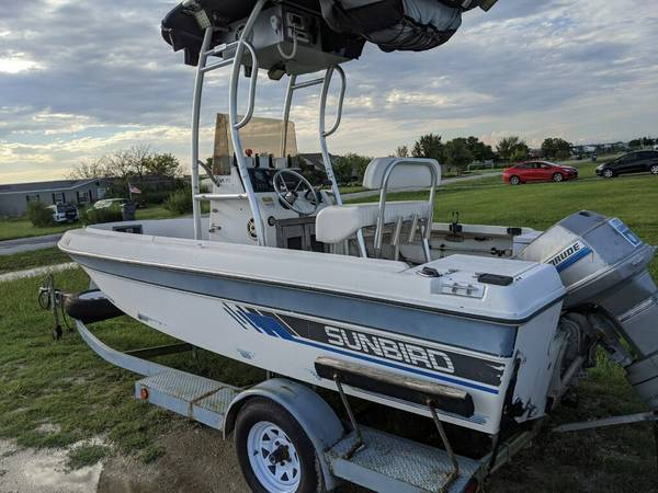 Photo Cheap Center Console Boat - $3,200 (Gainesville)