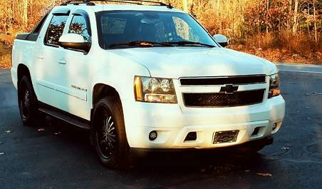 Photo Chevy Avalanche LTZ 5.3L V8 StabiliTrak ABS (4-Wheel) Air Conditioni - $2000