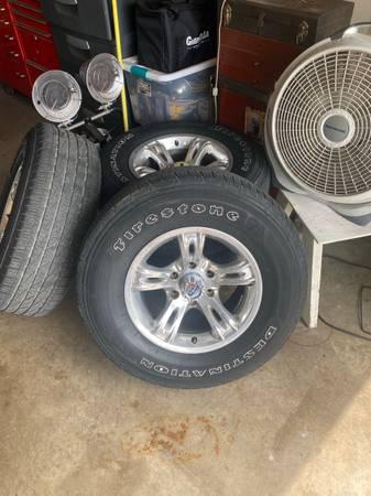 Photo Chevy wheels - $650 (Arlington)