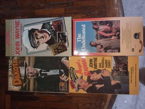 Photo John Wayne VHS Lot - $15 (Denton)