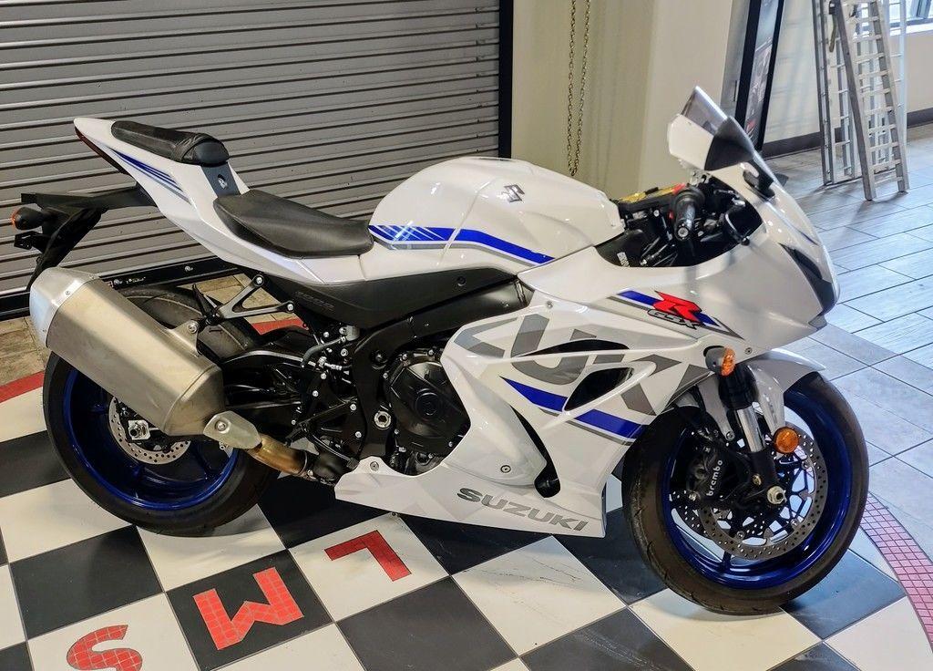 Photo Used 2018 Suzuki Sportbike Motorcycle  $14199