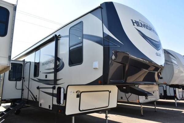 Photo bad creditall credit approved buy here pay here RV dealer ((everyone approved))