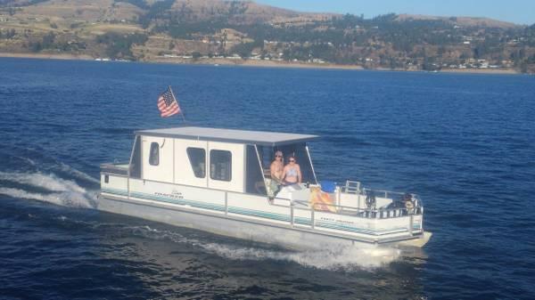 Photo 1994 Sun Tracker Pontoon Boat - $49,500 (Spokane WA)