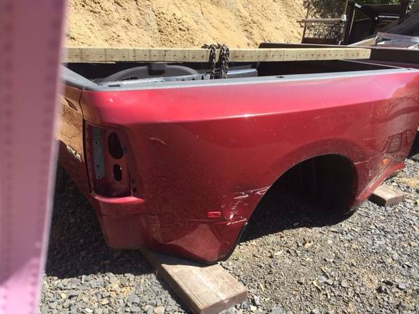 Photo 2014 Dodge Ram Dually bed 839 - $1,500 (Peck, ID)