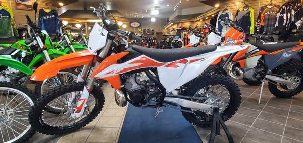 Photo 2020 KTM 250 SX - $7,999 (LEFTOVER SALE)