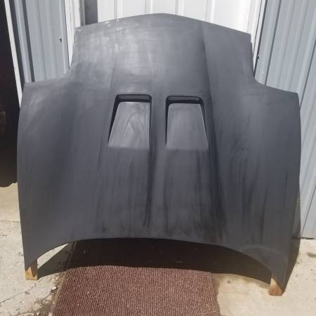 Photo 97-07 C5, C6 Corvette,Hood, HVAC,rear end, rack  pinion,radiator - $1 (Lewiston)