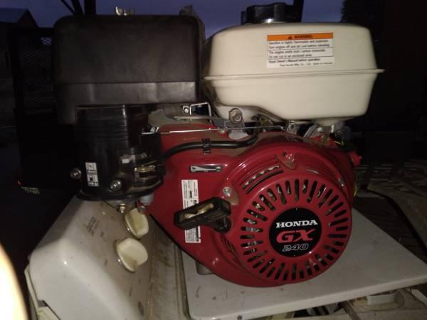 Photo Brand new Honda engine - $250 (POMEROY)