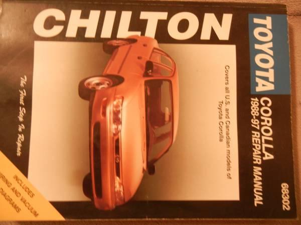 Photo Chilton Toyota Corolla 1988-97 Repair Mamual - $10 (Lewiston)