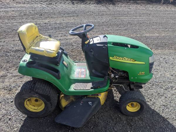 Photo John Deere L110 lawn mower - $600 (COLFAX)