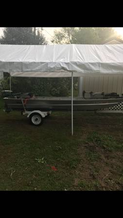 Photo 14 ft Aluminum Boat - $2000
