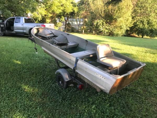 Photo 14 ft sears boat and trailer - $650 (Lexington)
