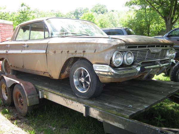 Photo 1961 Chevy Impala 4 Door Parting Out (Richmond Ky)