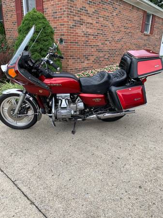Photo 1979 Honda Goldwing - $2,800 (Danville KY)