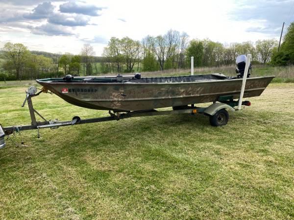 Photo 1998 Lowe Big Jon 1648 Aluminum John Boat With 30HP Johnson Enforcer - $3,500 (Georgetown)