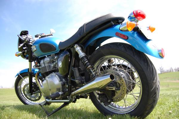Photo 2005 Triumph Bonneville - $4,999 (Winchester)