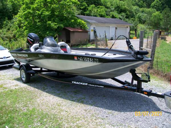 Photo 2008 BASS TRACKER PRO 175 - $9,200 (BARBOURVILLE,KY)
