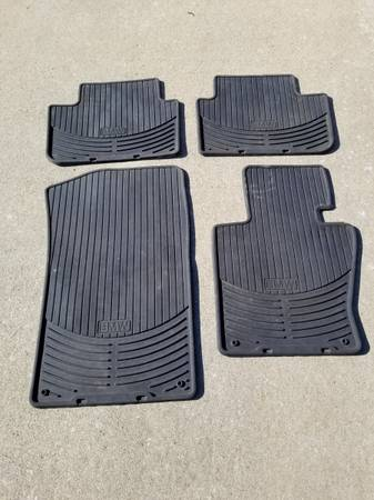 Photo 2008 BMW X3 Weatherproof Floor Mats - $50 (Nicholasville)