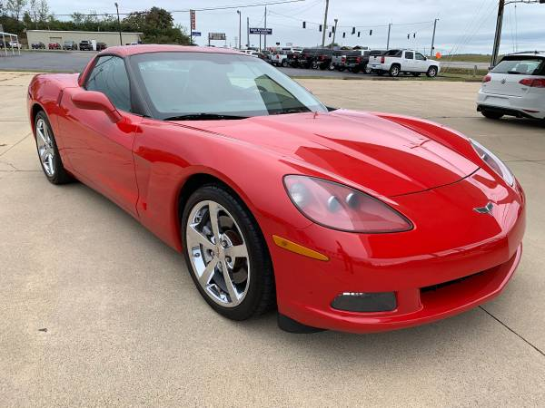 Photo 2008 Corvette Coupe Red Clean Carfax. Very Clean - $20950 (Jamestown, KY)