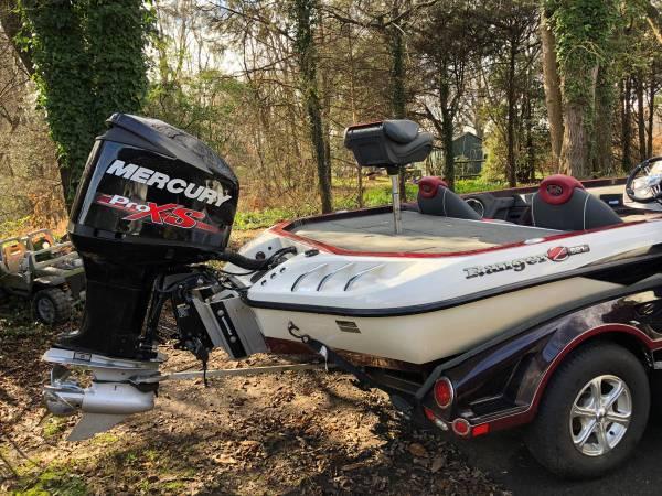 Photo 2015 Ranger Boat - 521C - $23,000 (Berea KY)