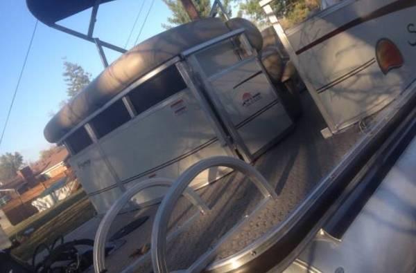 Photo 22 Regency Pontoon w Boat Slip - $28,800 (Richmond Kentucky)