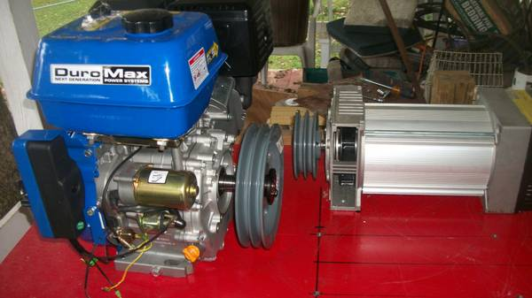 Photo 39new39 18hp gas engine  HF 10K generator head - $300 (Burnside, Ky)