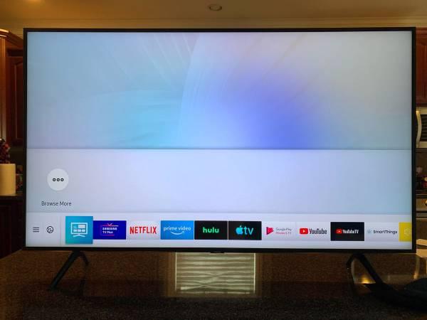 Photo Brand new 55 inch Samsung Q60 QLED SMART TV - $550