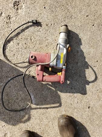 Photo Chicago Electric SDS spline hammer drill - $25 (Monticello)