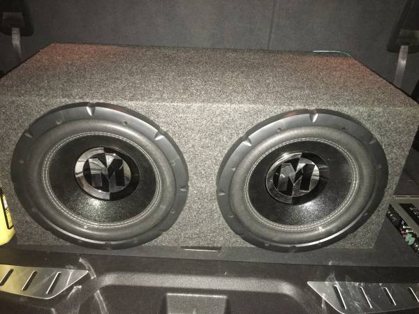 Photo Memphis Audio Subs and Alpine Amo - $325 (Somerset)