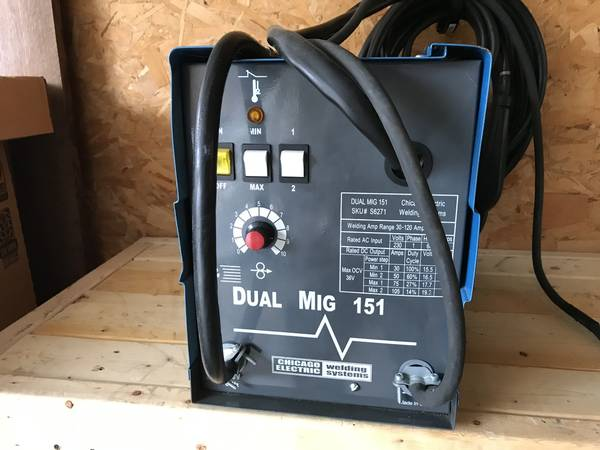 Photo Mig Welder - Chicago Electric - $115 (Lexington)