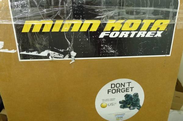 Photo NEW Minn Kota 36 Volt Fortrex 112lb Trolling Motor for Ranger Boat - $925 (London)