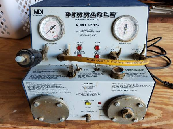 Photo PINNACLE R-502 R-22 R-12 Refrigerant Recovery Unit Model 12 HPC - $275 (NICHOLASVILLE, KY)